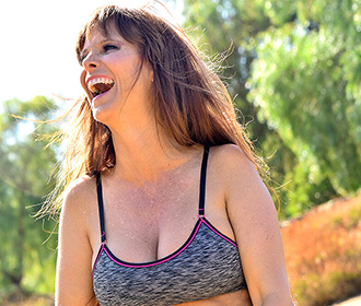 XMILFS Review: Can the Website Meet Your Needs?